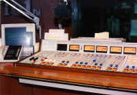 On-Air Studio at Star 101 -1990-Jaime Lerner.jpg (55480 bytes)