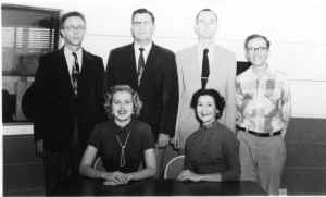 WKKO_Staff_1954.jpg (362668 bytes)